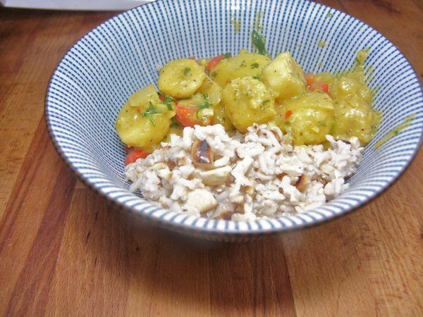Bananencurry mit Cashewreis